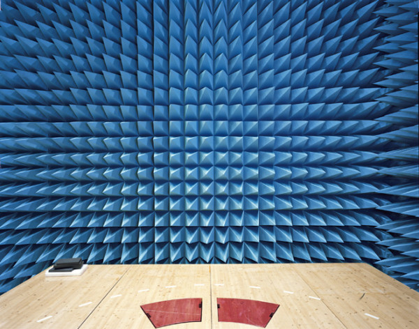 Maxwell-Room-anechoic-Chamber-2