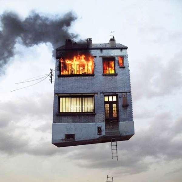 flying-house-laurent-chehere-photography-2