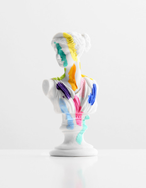A-Grecian-Bust-With-Color-Tests---paint-on-found-sculpture---2013---7-x-3-x-2,5---008