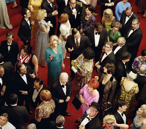 alex-prager-crowd-lehmann-maupin-gallery-6