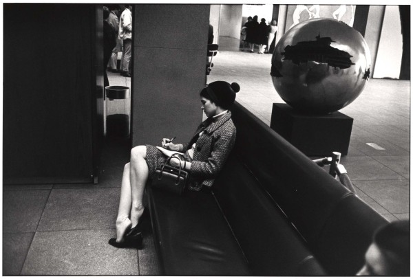winogrand_garry_526_1983_crop