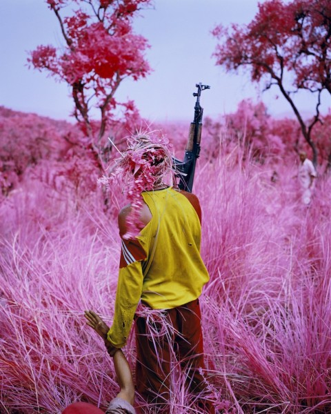 richard-mosse-foam-2