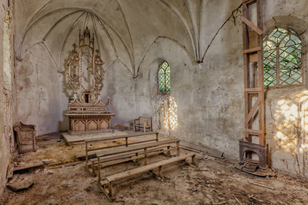 abandoned decay church
