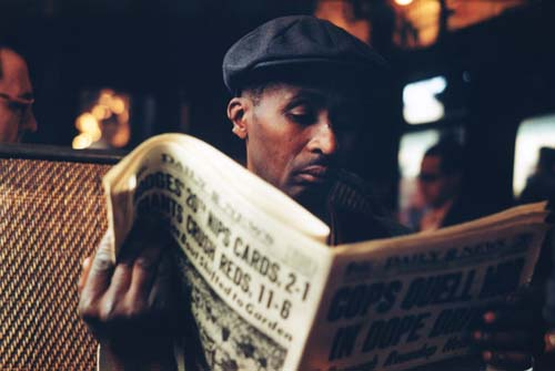 nyc_el_newspaper