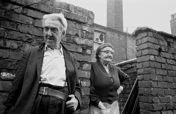 Elderly-couple-left-in-semi-derelict-property-Manchester-1972-445-32-1280x834
