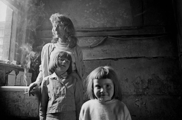 Mother-and-her-2-daughters-living-in-a-substandard-property-in-Manchester-1969-72-33-1280x841